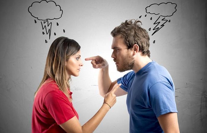 Кризис в семейных отношениях. Как сохранить брак. Консультация психолога в Саратове.