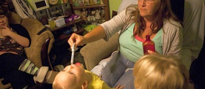 Осторожно! Бабушка и малыш