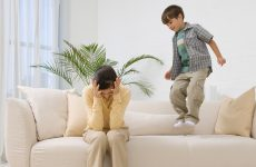 Дефицит внимания и гиперактивность у ребёнка – что делать?